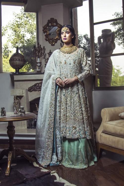 Kiran Faheem dresses6