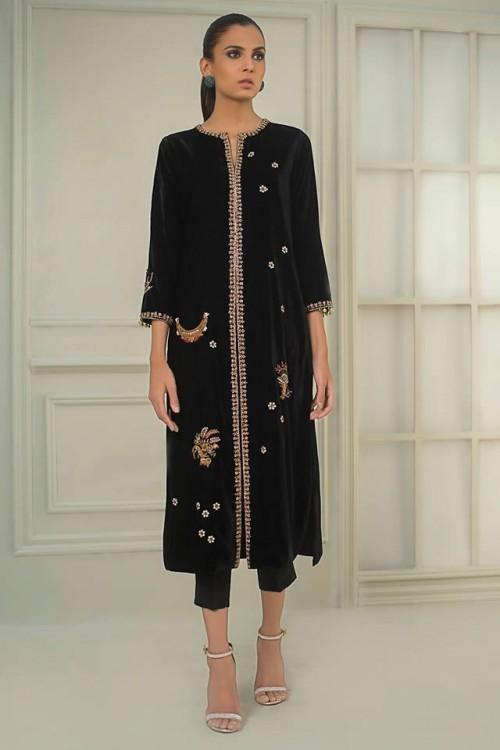 Sania Maskatiya dresses10