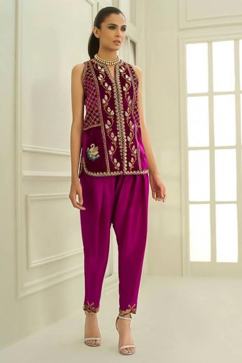 Sania Maskatiya dresses12