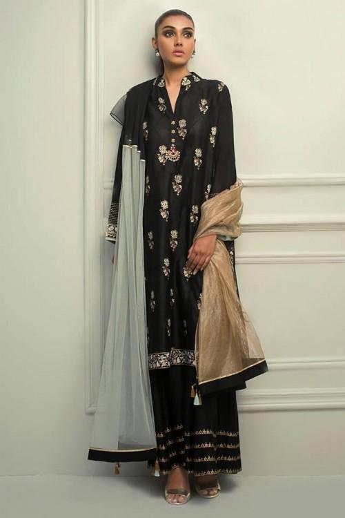 Sania Maskatiya dresses7