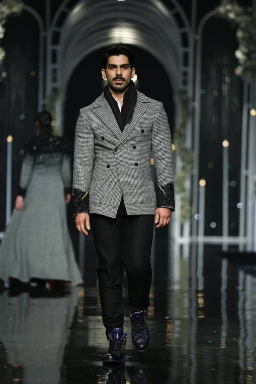 HSY formal collection9