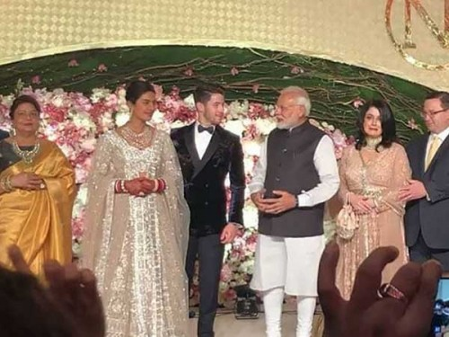 Priyanka & Nick Jones Wedding4