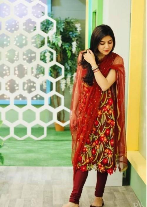Sanam new dress pics