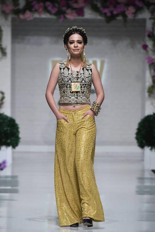 Huma Adnan Collection2