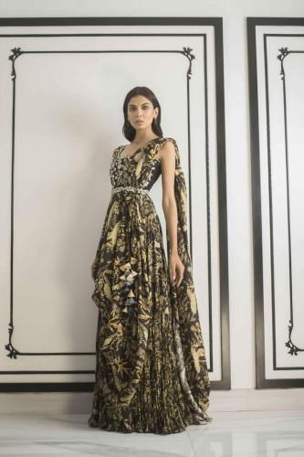 Sania Maskatiya formal collection