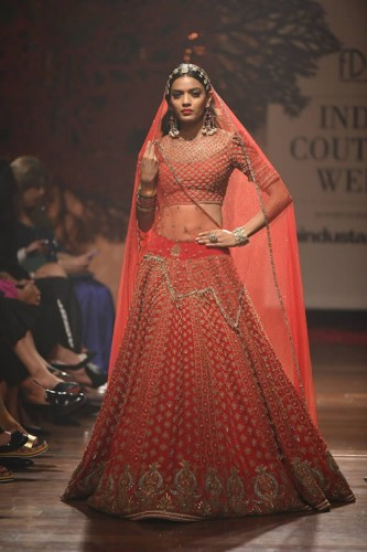 Tarun Tahiliani Bloom Collection at India Couture Week 2019