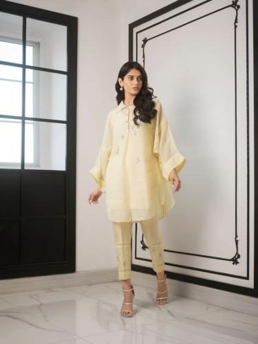Sania Maskatiya partywear