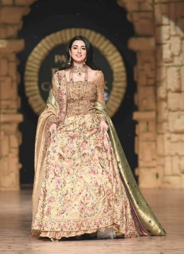 Nilofer Shahid Bridal collection 2020
