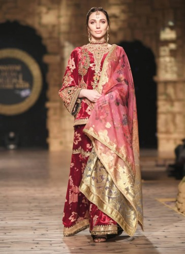 Nilofer Shahid Bridal Dresses 2020